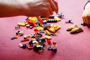 Legoterapia o terapias de juego con bloques encastrables