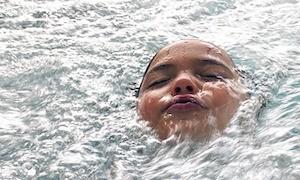 procesamiento sensorial producido por la terapia acuática